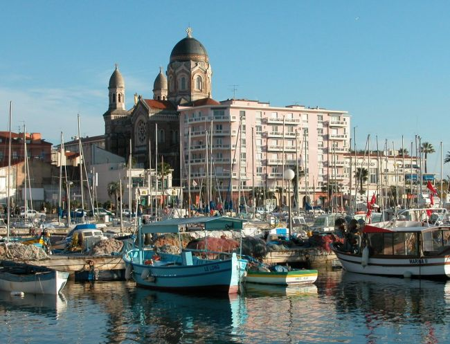 Cote d'Azur: Découvrez la ville de Saint-Raphaël dans le Var