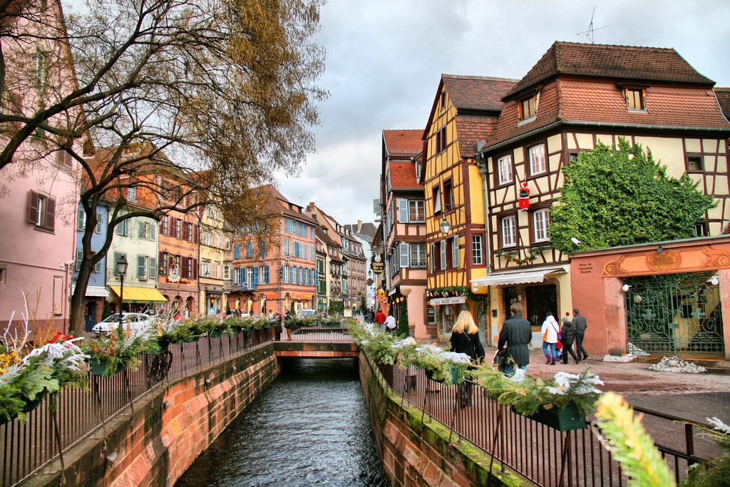d couvrez la ville de colmar en alsace voyage en france. Black Bedroom Furniture Sets. Home Design Ideas